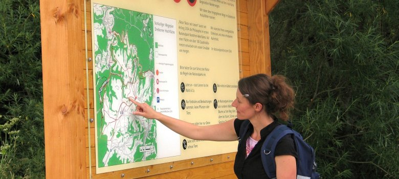 Informationstafel am Eingang des Nationalparks Eifel